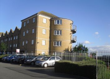 Thumbnail 2 bedroom flat for sale in Wharfside Close, Erith