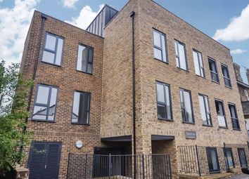 Carlton Avenue, Broadstairs, Kent CT10. 1 bed flat for sale