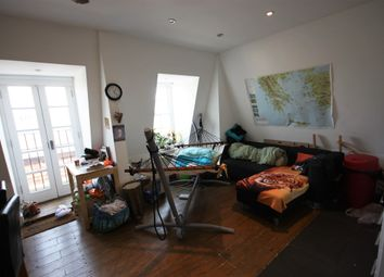 Thumbnail 3 bed flat to rent in Cephas Avenue, London