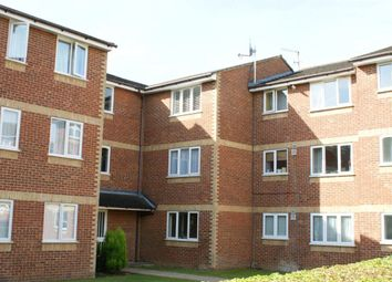 Thumbnail 1 bed flat to rent in Walpole Road, Burnham, Slough