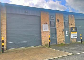 Thumbnail Warehouse to let in Unit 43 Fairways Business Centre, Lammas Road, Leyton, London