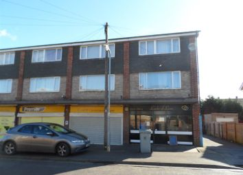 Thumbnail 3 bed flat to rent in Hillingford Way, Grantham