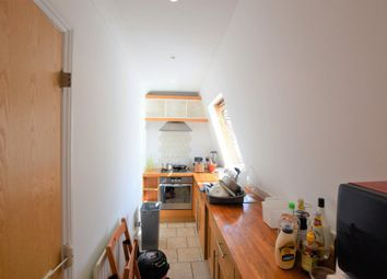 Thumbnail 2 bed flat to rent in Princes Parade, Golders Green Road, London