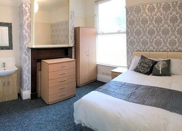 Thumbnail Room to rent in Winchester Avenue, Leicester