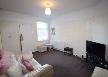 Thumbnail 2 bed flat to rent in The Oval, Sidcup, Kent