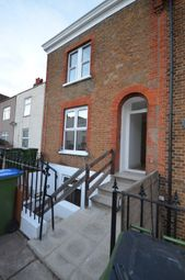 Thumbnail 3 bedroom flat to rent in Crescent Road, London