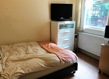 Thumbnail 2 bed flat to rent in Plough Road, Clapham Junction
