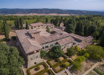 Thumbnail 30 bed villa for sale in Siena, Tuscany, Italy