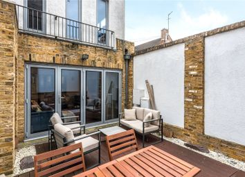 2 bed town house to rent in St Clements Street, Barnsbury N7