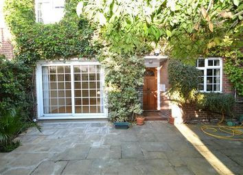 3 bed property to rent in Randolph Avenue, London W9