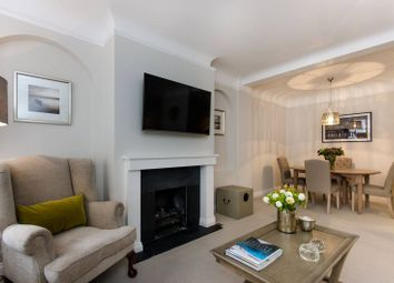 Thumbnail 1 bedroom flat to rent in Smith Street, Chelsea