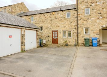 Thumbnail 2 bedroom town house to rent in Whinfield Court, Skipton