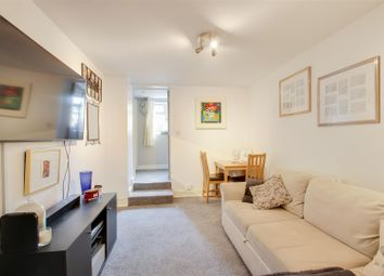 Thumbnail 2 bed flat to rent in Thornford Road, London