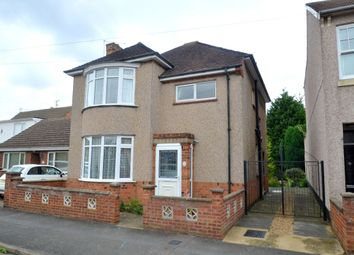 Thumbnail 3 bed detached house to rent in Shakespeare Road, Kettering