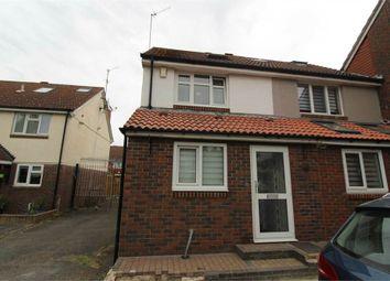 Giralda Close, London E16. 3 bed town house