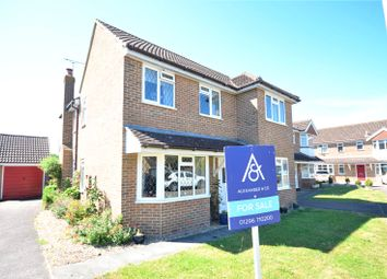 Thumbnail 4 bedroom detached house for sale in Oliffe Close, Aylesbury, Buckinghamshire