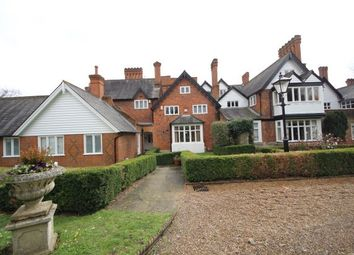 Thumbnail 3 bed flat to rent in Devey Close, Kingston Upon Thames