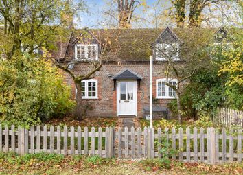 Thumbnail 2 bed cottage to rent in Donnington, Berkshire