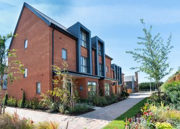 Chilmington Lakes, Chilmington, Ashford, Kent TN23. 4 bed semi-detached house