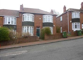 3 bed flat to rent in Highcliffe Gardens, Gateshead NE8