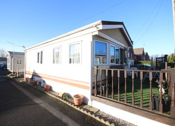 Thumbnail 2 bed mobile/park home for sale in Lawsons Road, Thornton-Cleveleys