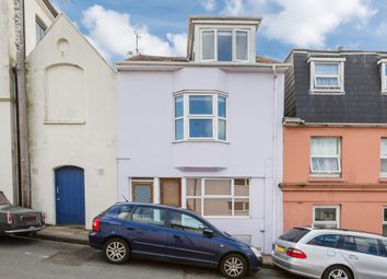 Thumbnail 2 bed flat to rent in Southover Street, Brighton, East Sussex
