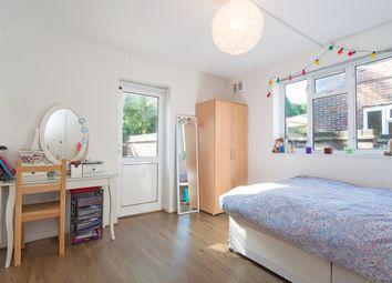 Thumbnail 3 bedroom flat to rent in Quainton Street, Neasden