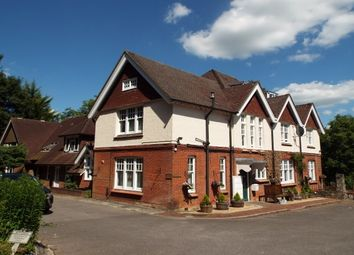 Thumbnail 1 bed flat to rent in Worthy Road, Winchester