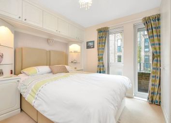 Thumbnail 3 bed flat to rent in Sutton Gardens, Winchester