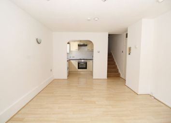 Thumbnail 3 bedroom flat to rent in Hawkshill, Dellfield, St.Albans