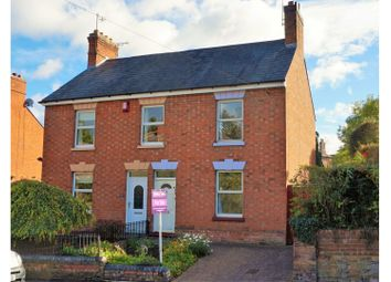 Thumbnail 2 bed semi-detached house for sale in Pickersleigh Road, Malvern