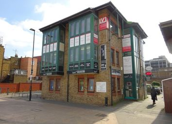 Office to let in 6, Red Lion Court, Alexandra Road, Hounslow TW3