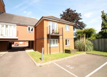 Thumbnail 1 bed flat to rent in Tower Close, East Grinstead