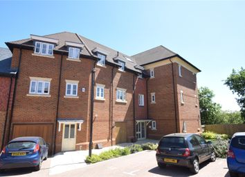 Charlock Place, Woodhurst Park, Warfield, Berkshire RG42. 2 bed flat for sale