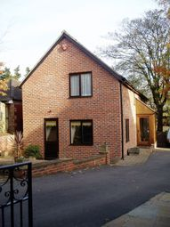 Thumbnail 3 bed cottage to rent in Watnall Road, Nuthall, Nottingham