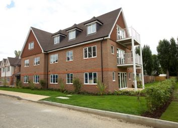 Thumbnail 2 bed flat for sale in Hurst Lane, East Molesey