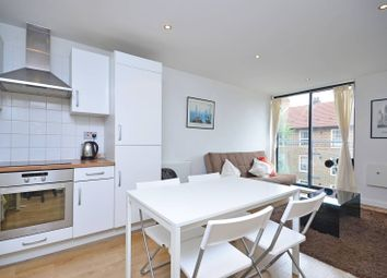 2 bed flat to rent in Greatorex Street, Spitalfields, London E1