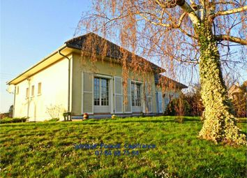 Thumbnail 4 bed property for sale in Bourgogne, Côte-D'or, Seurre