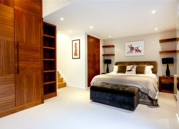 Thumbnail 3 bed property for sale in Biggs Row, London