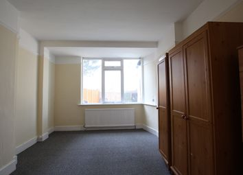 Thumbnail 4 bed terraced house to rent in Sherringham Avenue, London