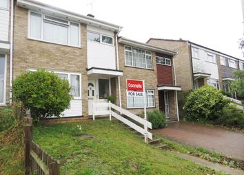 Thumbnail Terraced house for sale in Holbrook Close, Billericay