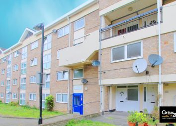 Thumbnail 2 bed flat for sale in Stocksfield Road, London