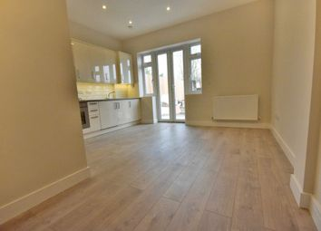 Thumbnail 2 bed flat to rent in Second Avenue, Hendon, London