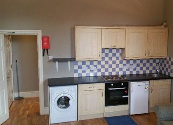 1 bed flat to rent in Bedford Hill, London SW12