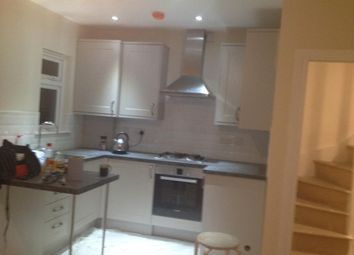 Thumbnail 2 bed flat to rent in Oldchurch Road, London