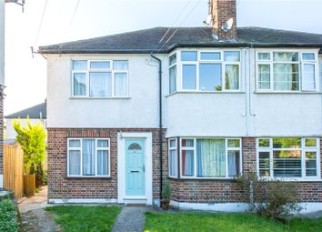 Thumbnail 2 bedroom maisonette for sale in Grosvenor Road, Finchley, London