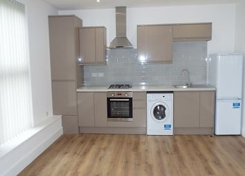 Thumbnail 1 bed flat to rent in Burch Road, Northfleet, Gravesend