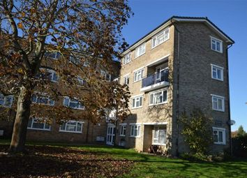 Thumbnail 3 bed flat for sale in Grove Crescent, Croxley Green, Rickmansworth Hertfordshire