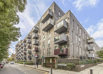Harford Street, London E1. 2 bed flat