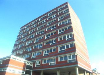 Thumbnail 4 bedroom flat to rent in New Road, Southampton